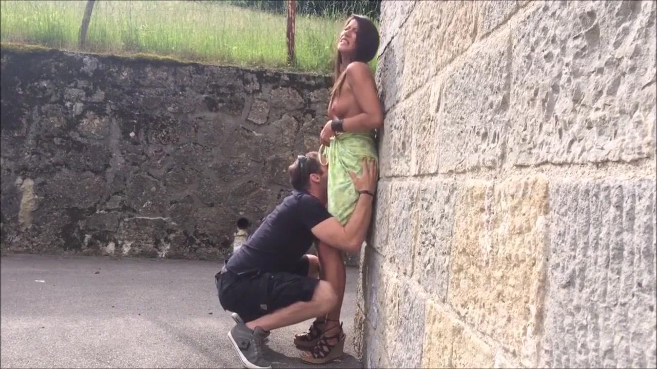 Parejas españoles vacaciones fotos desnudos y vídeos real amateur porno Pareja Hace Sexo Oral Mutuo En Lugar Publico En Vacaciones